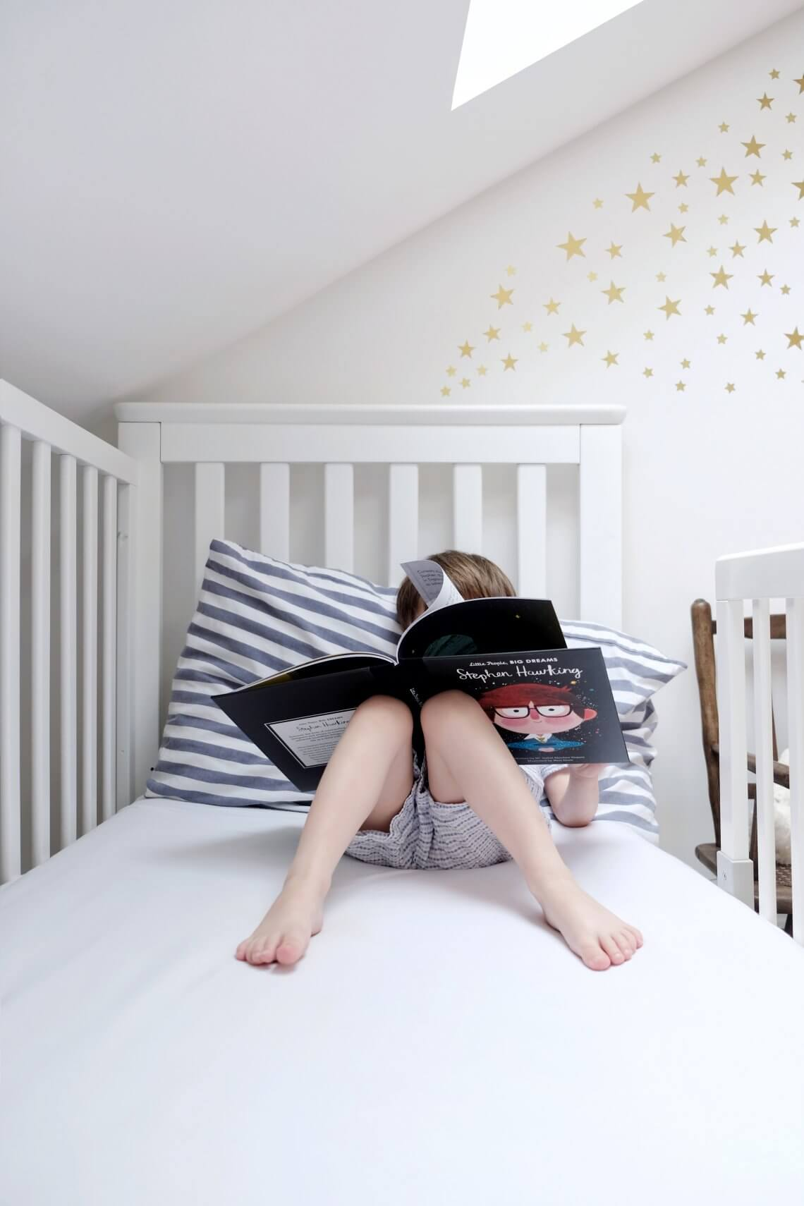 Child reading Stephen Hawking Little People Big Dreams